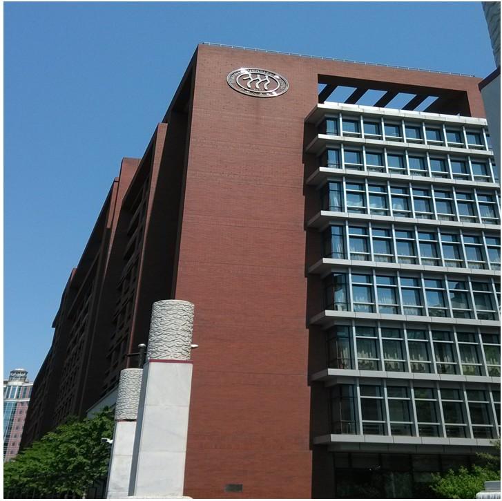 深圳圆梦计划学员5月2日游人大记